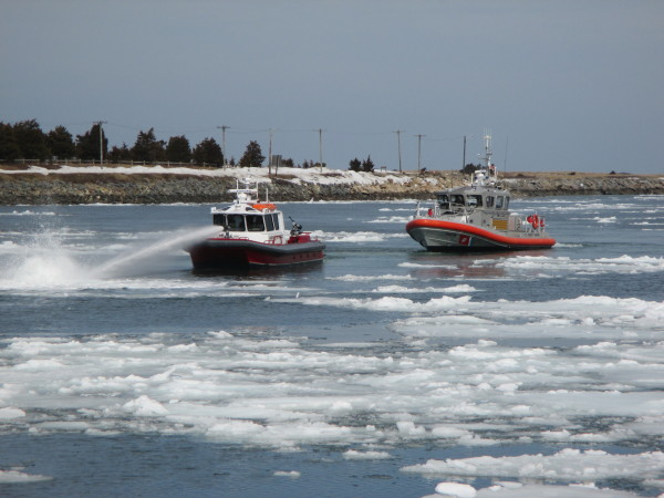 Water Cannon Through The Icebergs Of The Cape Cod Canal Video Cape Cod Wave